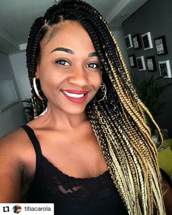Braids with colorful Edges