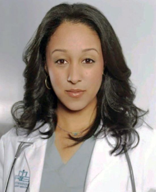 Tamera Mowry with Shoulder Length Hairstyles