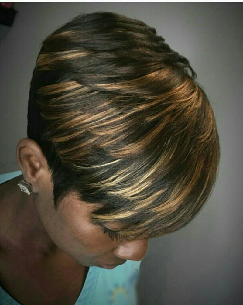 Mushroom Hairstyle with Highlight
